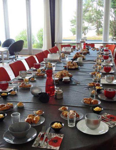 dejeuner_salle_seminaire_vue_mer