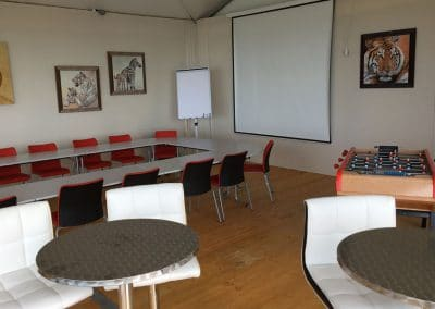 interieur_salle_seminaire_chambres_annie