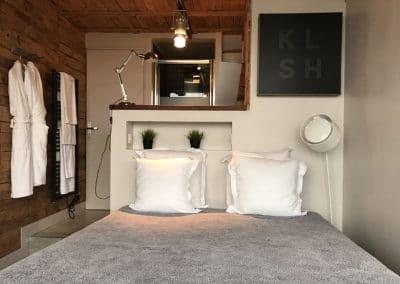 lit_double_chambre_gauche_showroom