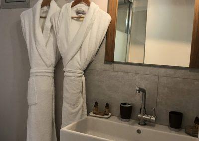 nouvelle_salle_de_bain_droite_showroom
