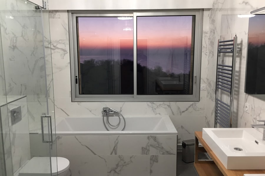 salle_de_bain_vue_mer_oceane