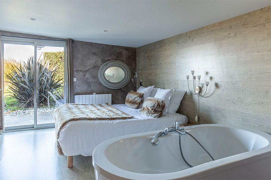 vue-baignoire-chambre-fenetre-jacky