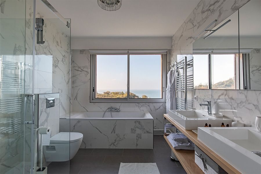 vue-ensemble-salle-de-bain-oceane