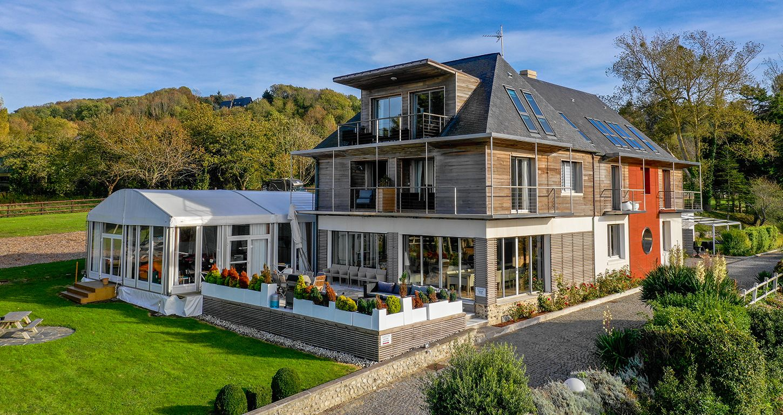 Attrayant Maison Hotes Slide · Galerie_piscine_coucher_soleil_villerville.  Galerie_piscine_coucher_soleil_villerville