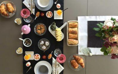 petit déjeuner gourmand et coloré